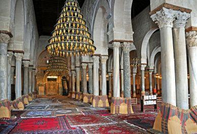 1280px-Great_Mosque_of_Kairouan,_prayer_hall